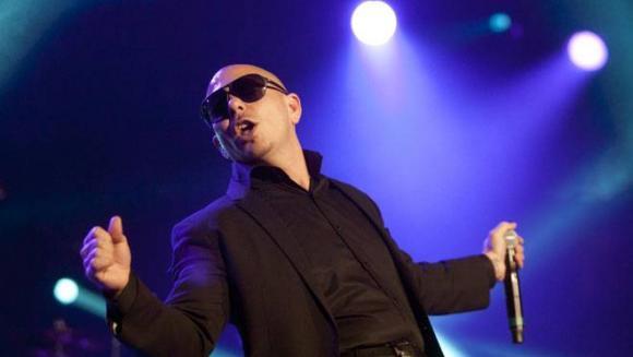 Pitbull at Harveys Outdoor Arena