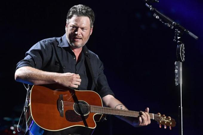 Blake Shelton at Harveys Outdoor Arena